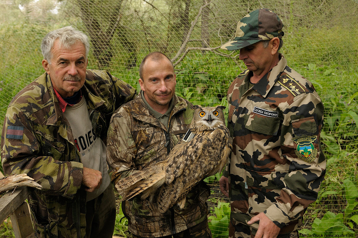 "Workers of the Odessa ZOO, Lower Dniestr National Park and the fitted with ""Aquila"" datalogger Eagle Owl right before the moment of releasing to the nature."